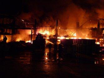 Wielki pożar zakładów w Zelowie