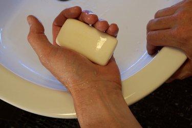 Choroba brudnych rąk - wzrasta liczba zachorowań