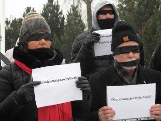Milczący protest w centrum Piotrkowa