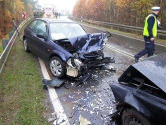 Wypadek w Cekanowie. Trzy osoby ranne (AKTUALIZACJA)