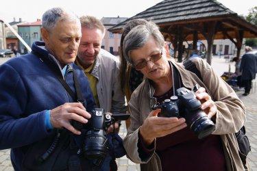 Seniorzy z Piotrkowa zakończyli cykl plenerów Łódzkiego Domu Kultury