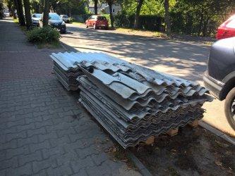 Niebezpieczne odpady przy ulicy Łódzkiej