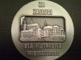 Odda srebrny medal za zasługi dla Piotrkowa