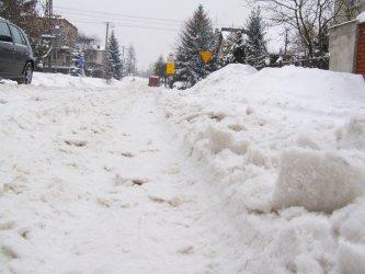 Które ulice w Piotrkowie są nieodśnieżone?