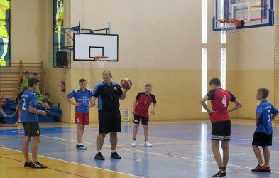 Młodzi koszykarze zmierzyli się ZSP nr 4
