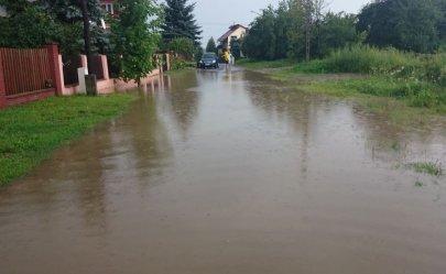 Posesje przy Ceramicznej wciąż zalewa