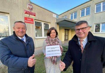 Prawie 2 mln zł na remont szkoły w gminie Wolbórz
