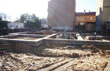 Trwa budowa bloku przy Zamurowej