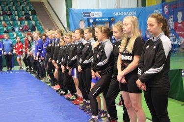 11 medali zawodniczek AKS
