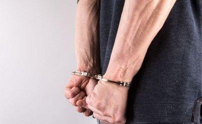 Trafi do więzienia za kradzież młota?