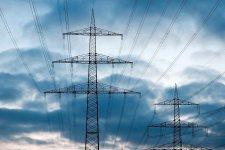 Od poniedziałku bez prądu. Energetycy nadal usuwają skutki silnego wiatru