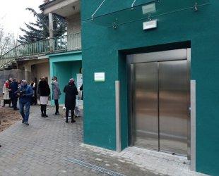 Nowa winda w szpitalu na Rakowskiej w Piotrkowie