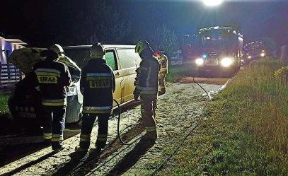 Pożar samochodu w gminie Sulejów