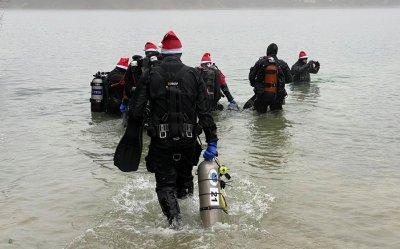 Pod wodą też są Mikołaje