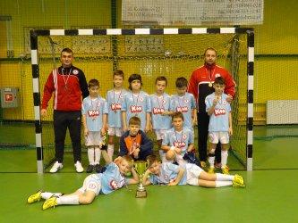 Turniejowy triumf UKS Piotrcovia