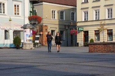 Spacery po Piotrkowie teraz online