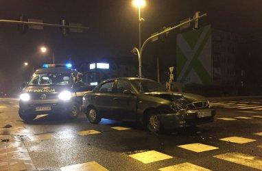 Zderzenie na skrzyżowaniu Słowackiego/Kostromska