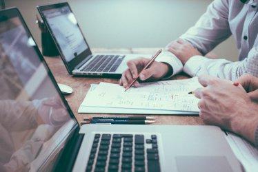Skorzystaj online z bezpłatnej pomocy doradcy zawodowego
