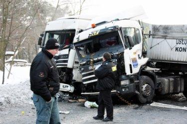 Piotrków: Wypadek ciężarówek na Rakowskiej