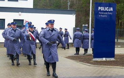 Nowy posterunek policji w Rozprzy oficjalnie otwarty