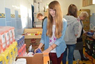 Uczniowie zebrali aż tonę żywności