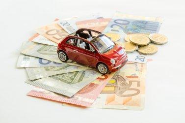 Ściągasz auta z zagranicy? Kup taniej walutę dzięki kantorowi online