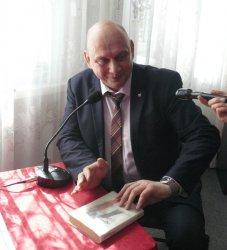 Samorządowcy czytali uczniom z Bujen