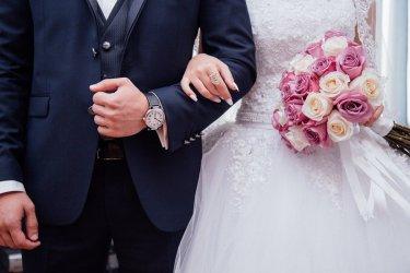 Ekspert: wesela są wciąż miejscami szczególnego ryzyka transmisji wirusa