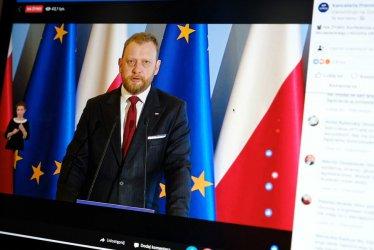 Szumowski: możliwość korzystania z galerii handlowych będziemy sukcesywnie zwiększali