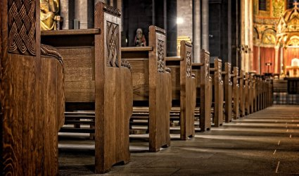 Rzadziej chodzimy w niedzielę na msze św.