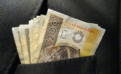 Miejski rzecznik konsumentów w Piotrkowie wyjaśnia, czym są wakacje kredytowe