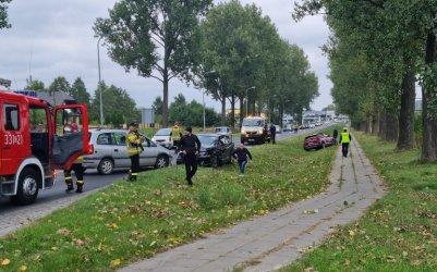 Zderzenie trzech aut na Łódzkiej w Piotrkowie