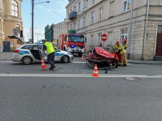 Wypadek w Piotrkowie. Jedna osoba trafiła do szpitala