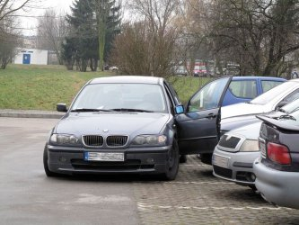 Akcja CBŚ w Piotrkowie. Ranny policjant