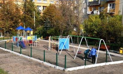 Nowy plac zabaw w Piotrkowie