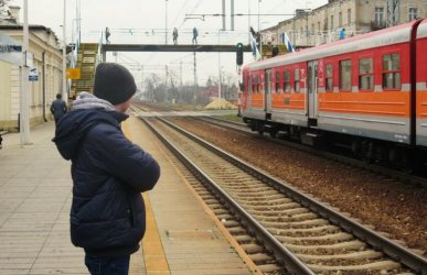 Przywrócą poranne połączenie Piotrków – Warszawa?