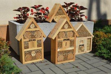 W Sulejowie wybudowali domki dla owadów