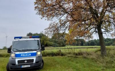 Policjanci radzą jak jesienią uniknąć tragedii na drodze