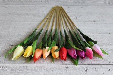 Sztuczne kwiaty – czy warto wykorzystywać je do dekoracji wnętrz?