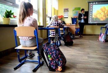 Sondaż dla rp.pl: co trzeci Polak uważa, że dzieci nie powinny wrócić do szkół
