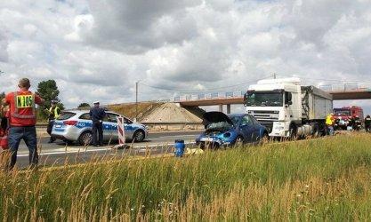 Wypadek na A1. Dwie osoby ranne