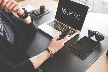 Badanie: praca zdalna efektywniejsza, ale zabiera więcej czasu