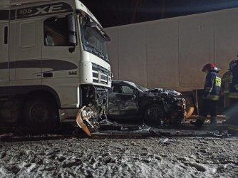 Wypadek na DK74 w Jaksonku