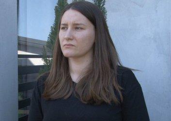 Policjanci nie włączyli kamer podczas interwencji ws. pobitej piotrkowianki. Kobieta uważa, że powinni przeprosić