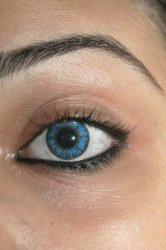 Soczewki kontaktowe kolorowe - czy działają jak zwykłe soczewki?