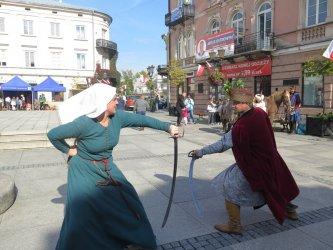 Średniowieczne popisy w Rynku Trybunalskim
