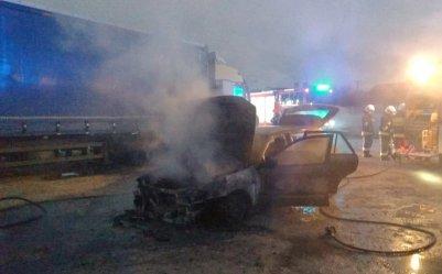 Samochód doszczętnie spłonął w Żarnowicy