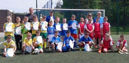 Uczniowie SP w Woli Kamockiej zwycięzcami w finale powiatu Orlikowej Ligi Mistrzów