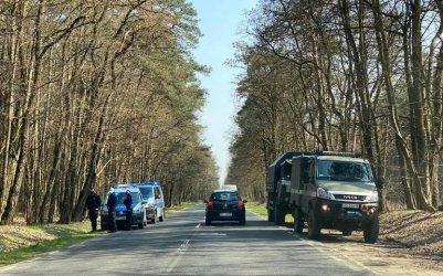 Bomba lotnicza i dwa pociski w Lesie Wolborskim