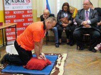 Kukizowcy uczyli udzielania pierwszej pomocy